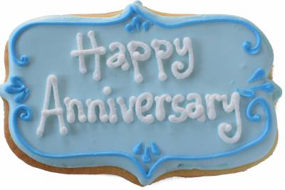 Select Happy Anniversary Sugar Cookie