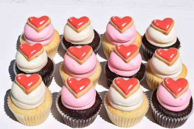 Enlarge photo of I Love You Cookie Cupcakes